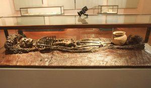 Độc đáo 300 báu vật khảo cổ học