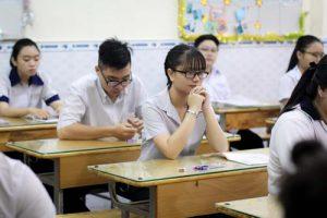 Thí sinh bị điểm liệt một trong hai bài thi tổ hợp kỳ thi THPT Quốc gia có được xét tốt nghiệp không?