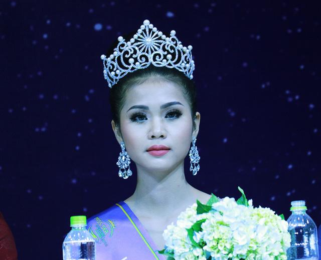 Trả lời đúng 7/12 câu hỏi, BTC Hoa hậu Biển nói gì?