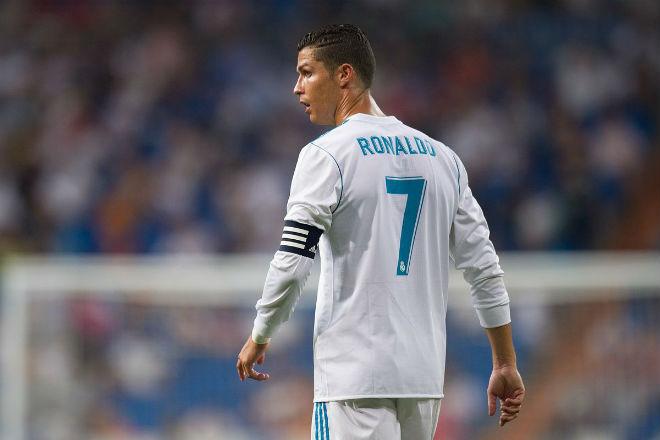 Đứt mạch ghi bàn, Ronaldo vẫn đi vào lịch sử Champions League
