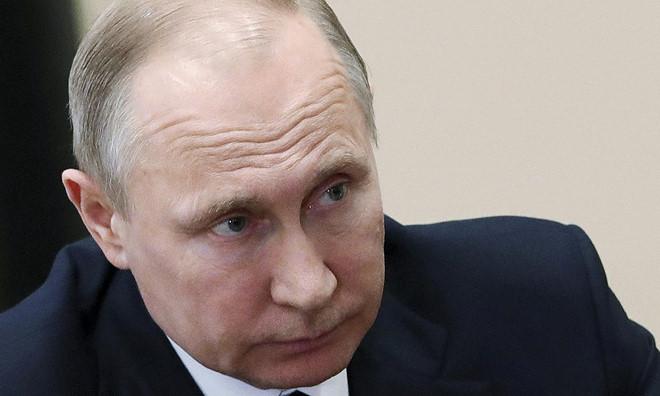 Putin lên án Mỹ vi phạm luật quốc tế, kêu gọi LHQ họp khẩn