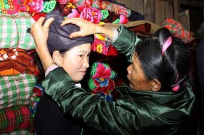 Kỳ lạ tục rước dâu đêm của người Thái ở Nghệ An