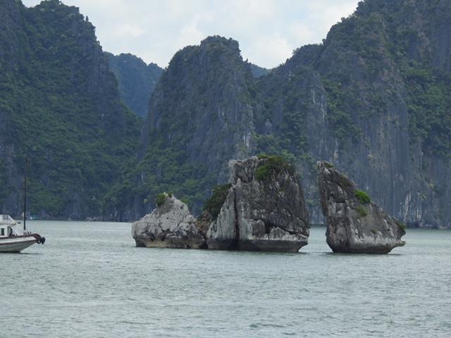 Hạ Long nơi đất trời giao thoa giữa thiên nhiên kỳ vĩ và di tích lịch sử văn hóa