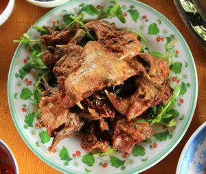 """Đặc sản miền Tây: Chuột đồng chiên sả ớt đặc sản """"tuyệt đỉnh công phu"""""""