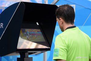 Công nghệ VAR đã gây hại như thế nào trong World Cup 2018?