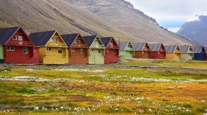 Khám phá những ngôi làng và thị trấn kỳ lạ trên thế giới