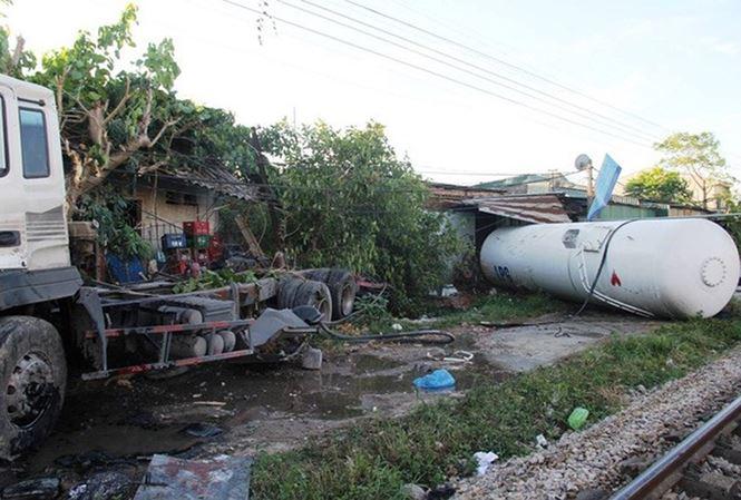 Tàu SE19 lại va chạm sau một tháng gặp tai nạn nghiêm trọng