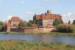 Ngắm đất nước Ba Lan đẹp nao lòng mùa World Cup