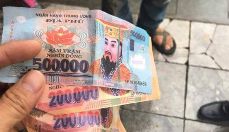 Vào cuộc điều tra việc du khách nước ngoài tố tài xế xích lô trả lại tiền âm phủ