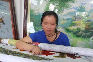 Phía sau bức tranh nửa tỷ không bán của người phụ nữ Hà Nội