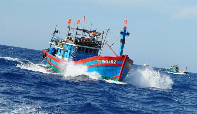 Vẫn còn 34 tàu với 94 ngư dân trong vùng nguy hiểm bão số 3