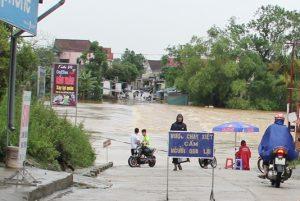 Sơ bộ thiệt hại ban đầu do bão số 3, các tỉnh Bắc Trung Bộ nguy cơ ngập lụt nặng