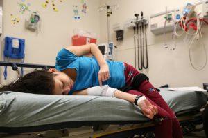 Hành trình can đảm của cô bé tự nguyện thử thuốc chữa ung thư