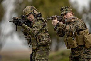Điểm khác biệt cơ bản giữa Lục quân và Thủy quân Lục chiến Mỹ