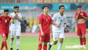 HLV Park Hang Seo: Từ nay, Công Phượng sẽ không đá 11m nữa