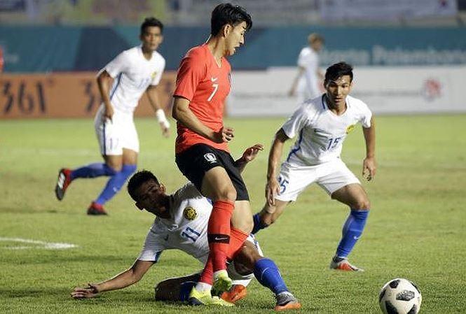 """Hàn Quốc bại trận, Olympic Việt Nam có """"tìm cách"""" về nhì bảng D?"""