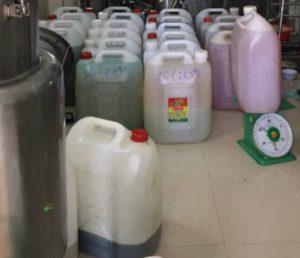 Tiêu hủy hơn 200.000 viên 'thuốc ho' nghi làm từ dầu ăn