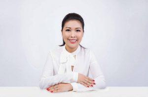 Con đường trở thành nghệ nhân điêu khắc chân mày của người Úc, gốc Việt Tina Huỳnh