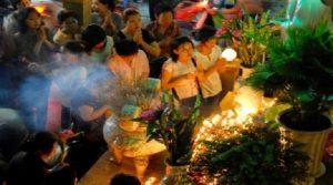 Văn khấn cúng rằm tháng 7 theo cổ truyền Việt Nam