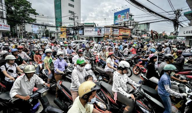 Cấm xe máy ở Việt Nam: 20 năm nữa xe máy vẫn được ưa chuộng
