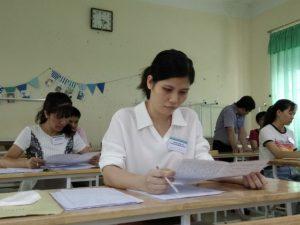 Nhiều ý kiến trái chiều việc chấm chéo thi THPT quốc gia