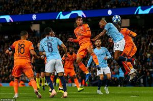 Man City 1-2 Lyon: Cái chết từ sự tự mãn