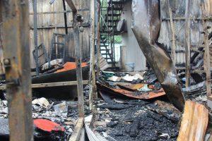 Hai thi thể trong vụ cháy gần cổng bệnh viện Nhi là vợ chồng đi chăm con