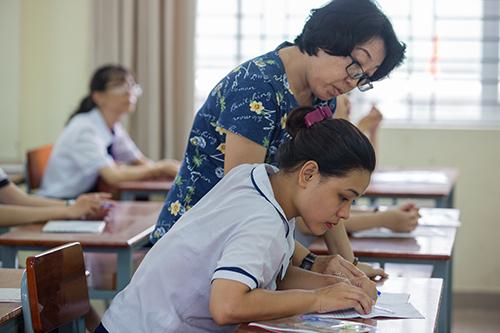 Cả nước thiếu gần 76.000 giáo viên cho năm học mới