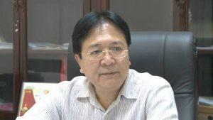 Nguyên Thứ trưởng Bộ VH, TT&DL Vương Duy Biên làm triển lãm tại Pháp