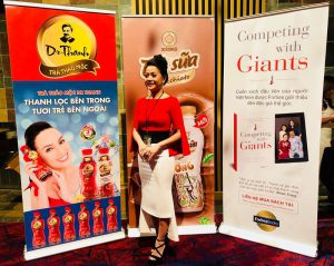 Cuốn sách 'Competing With Giants' sẽ được xuất bản tại Việt Nam