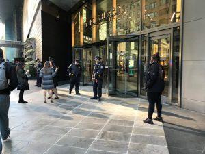 Nóng: Phát hiện bom gửi tới Nhà Trắng cùng văn phòng của Clinton và Obama