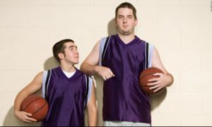 Người cao dễ bị ung thư hơn người lùn