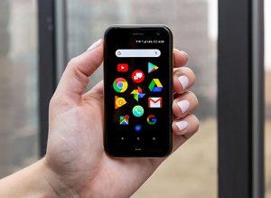 """Điện thoại Palm bị cho là sản phẩm """"ngu"""" nhất năm"""