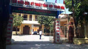 Xúc phạm thầy cô trên Facebook, 7 học sinh bị đuổi học