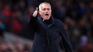 Chủ tịch Real mong Man Utd sớm sa thải Mourinho