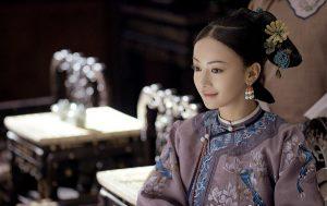 Đặc sắc các kiểu tóc và trang sức của các phi tần thời nhà Thanh
