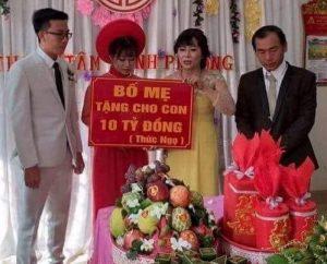 Bình Phước: Cô dâu, chú rể được cha mẹ trao quà cưới 10 tỷ đồng
