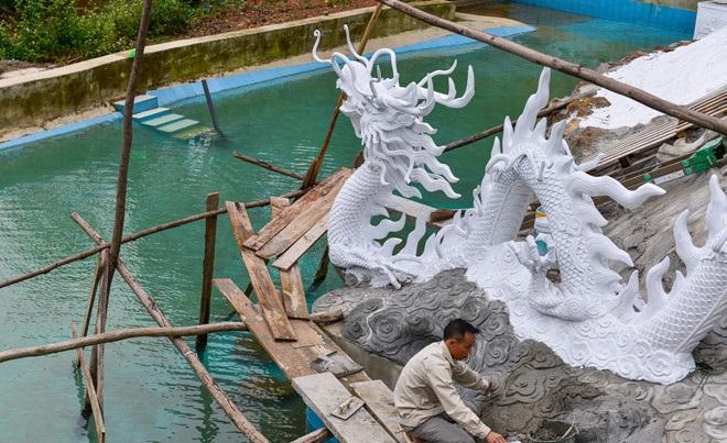 Chủ tịch Hà Nội yêu cầu tháo dỡ công trình 'xẻ thịt' đất rừng Sóc Sơn