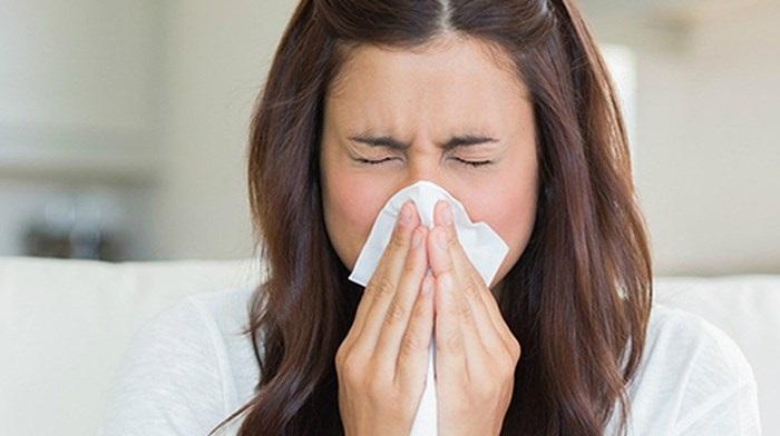 Những mẹo đơn giản trị và phòng bệnh cảm cúm giao mùa