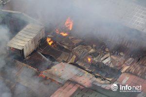 Cháy lớn tại phía sau  Bến xe Nước Ngầm