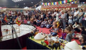 Khán giả châu Âu bất ngờ với sân khấu rối nước Phan Thanh Liêm