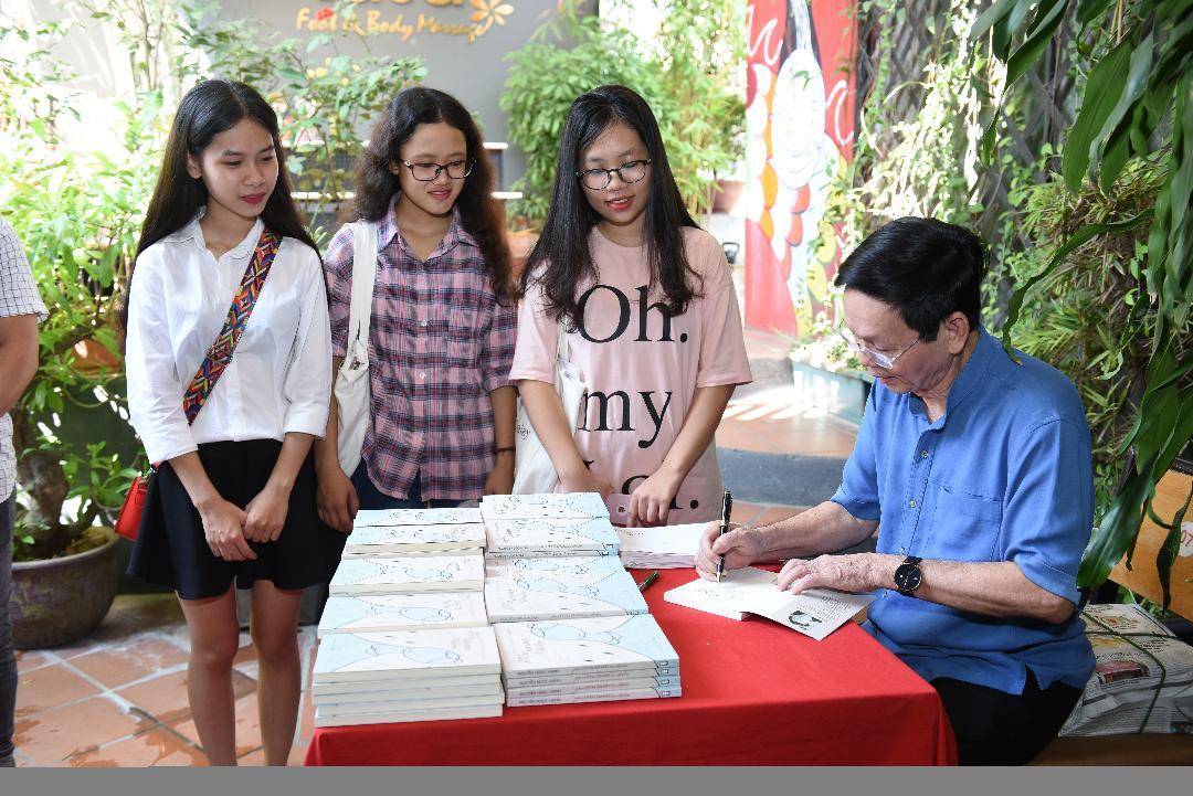 Nguyễn Ngọc Hạnh: Câu thơ còn nợ phía bèo trôi