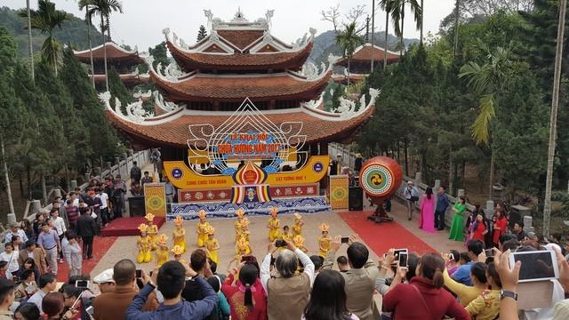 Đại gia 'xin' Hà Nội 1.000 ha đất Chùa Hương làm dự án tâm linh 15.000 tỷ