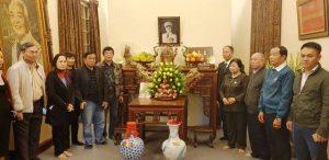 Thắp hương tưởng niệm Đại tướng Võ Nguyên Giáp và 'Ngày thứ 6 linh thiêng'