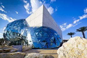 Ngắm 'quên lối về' với 15 bảo tàng đẹp nhất thế giới