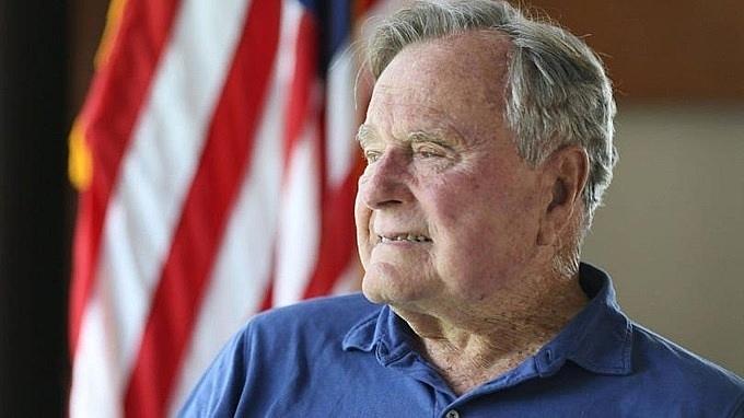 Cuộc đời của cựu Tổng thống Mỹ Bush 'cha' qua ảnh