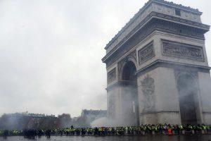 Thách thức lớn của Tổng thống Pháp