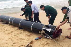 Ngư dân vớt được 'vật thể lạ' trên biển Phú Yên