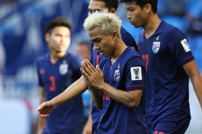 Chanathip tỏa sáng giúp Thái Lan thắng trận đầu tay tại Asian Cup 2019