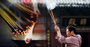 Tro hương, sợi dây kết nối với tổ tiên trong văn hóa truyền thống